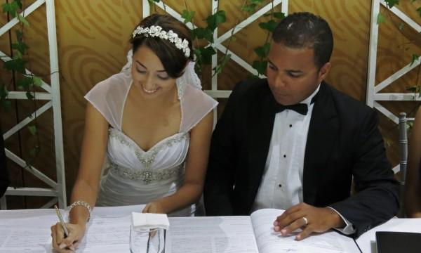 Matrimonio Catolico Y Testigo De Jehova : Ultimo diario jce realiza boda de pareja testigo